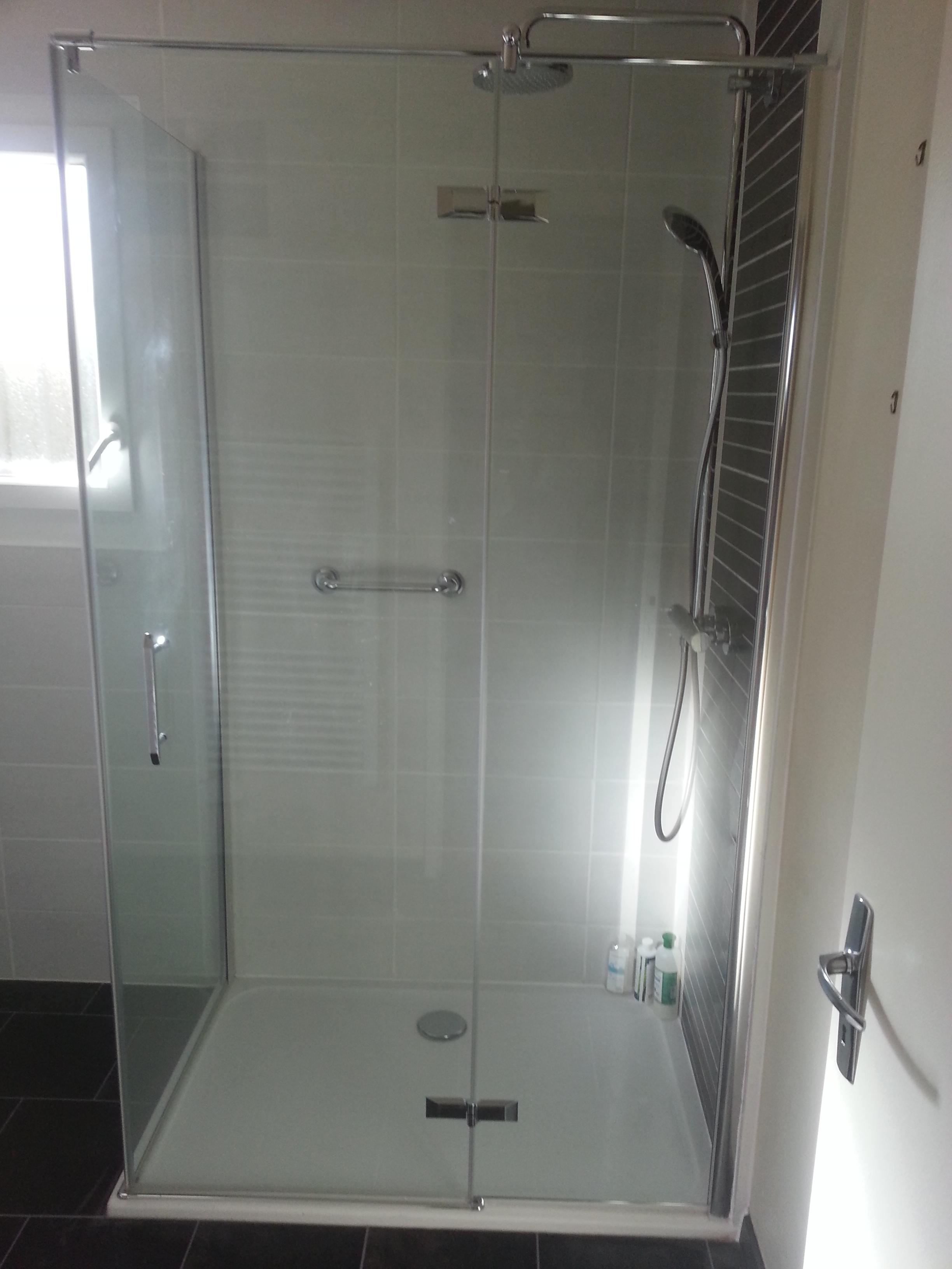 refection salle de bain pose d une douche de 120 90 at toph services. Black Bedroom Furniture Sets. Home Design Ideas